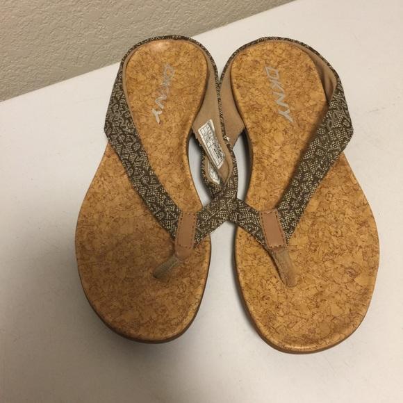 Donna Karan Dkny Bianca Flip Flop